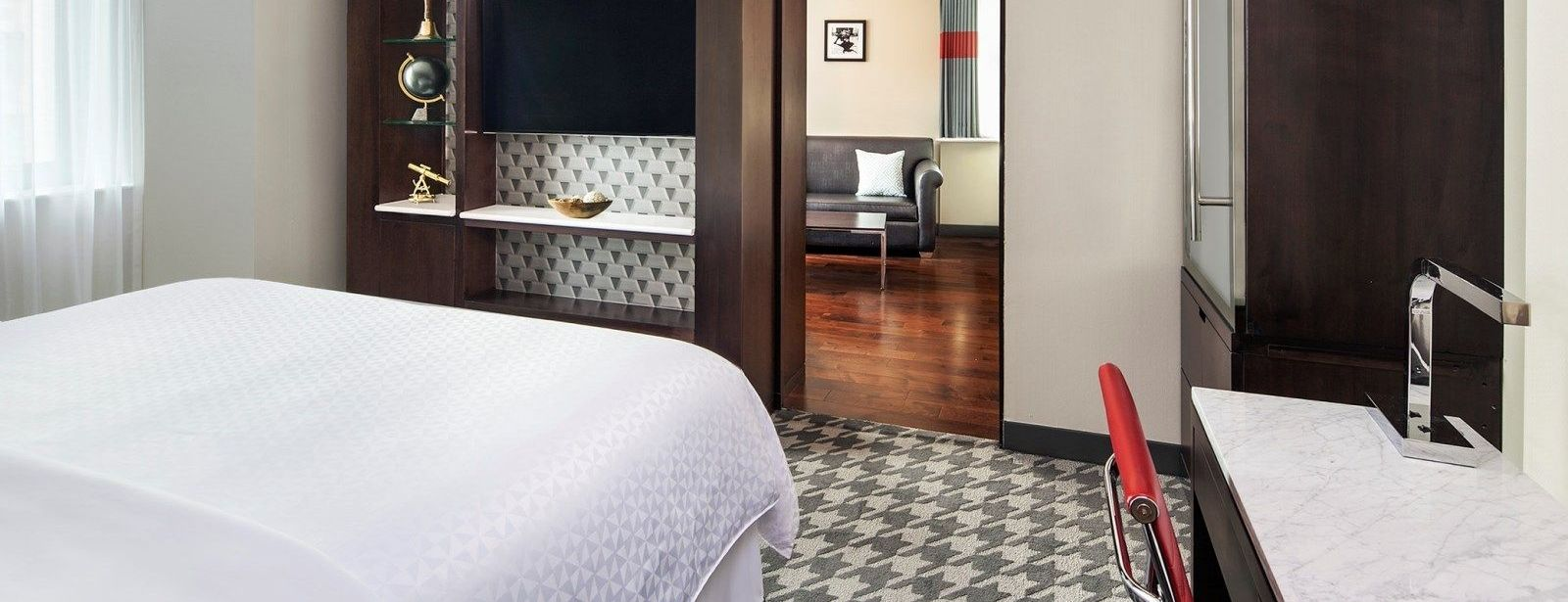 New York Downtown Accommodations - King Suite